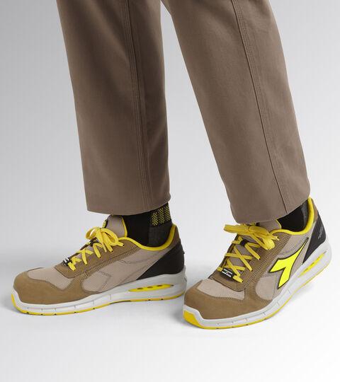 Footwear Utility UNISEX RUN NET AIRBOX LOW S1P SRC TOBACCO BROWN/MOON ROCK GRAY Utility
