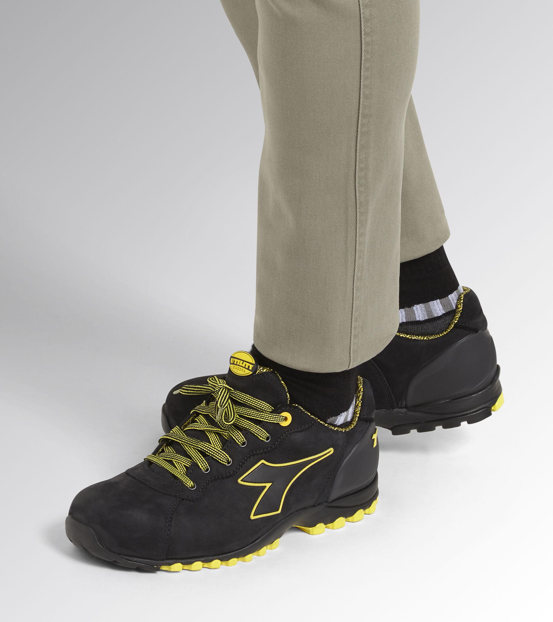 Footwear Utility UNISEX BEAT DA2 LOW S3 HRO SRC SCHWARZ Utility