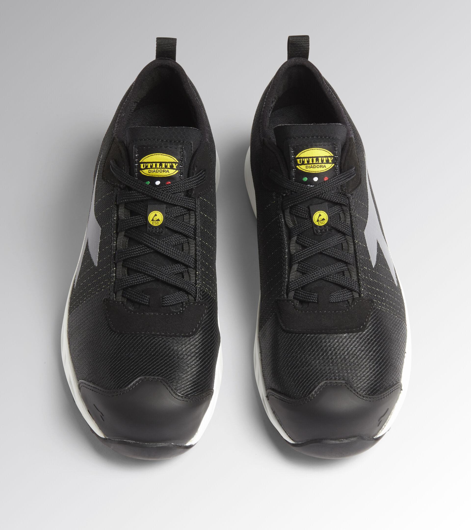 Low safety shoe FLY LITEBASE MATRYX LOW S3 HRO SRC ESD BLACK /WHITE - Utility