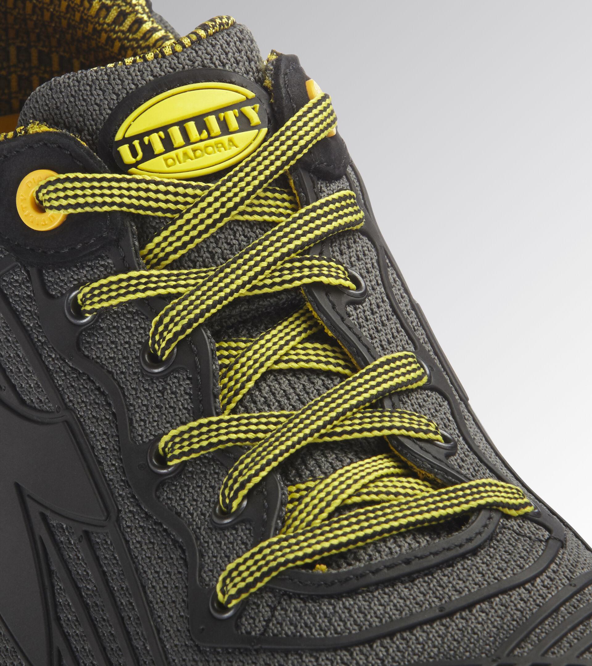 Footwear Utility UNISEX BEAT DA2 TEXT LOW S1P HRO SRC BLACK Utility