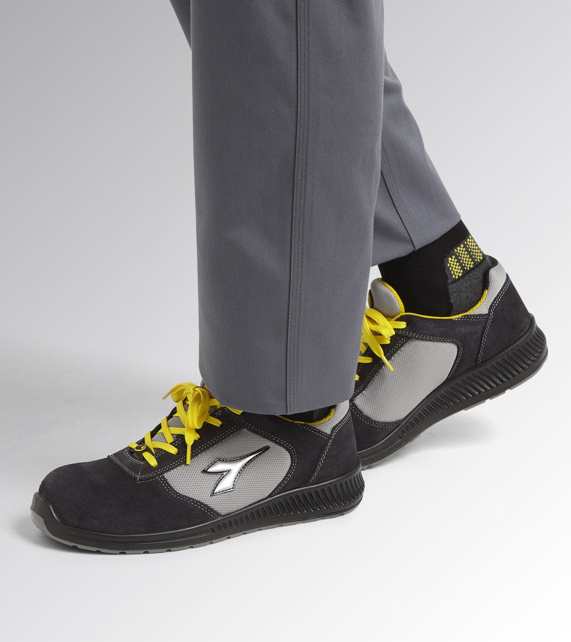 Footwear Utility UNISEX FORMULA LOW S1P SRC ESD BLACK Utility